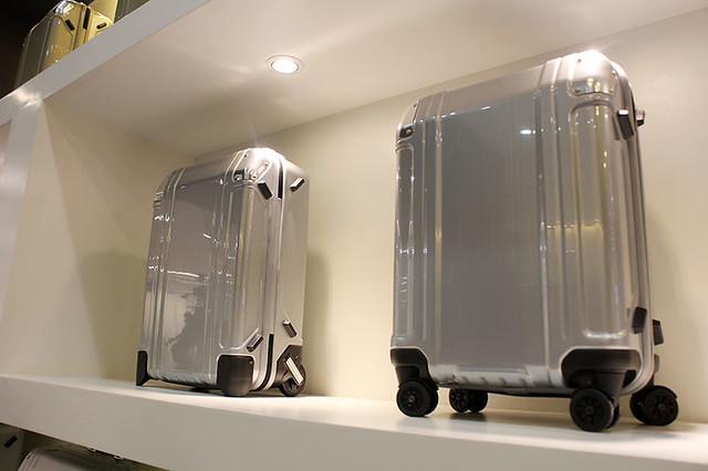 Zero Halliburton Duane Bacon Blogger Luggage Travel Silver