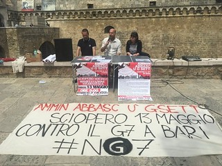 Assemblea organizzativa della manifestazione No G7 (foto ANSA)