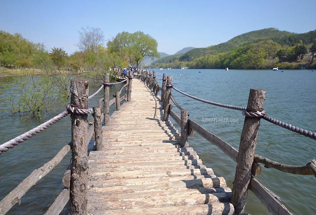 nami island Hut Bridge