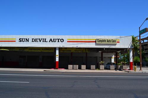Sun devil auto garage west van buren st at 2nd phoenix for Garage auto st genest lerpt
