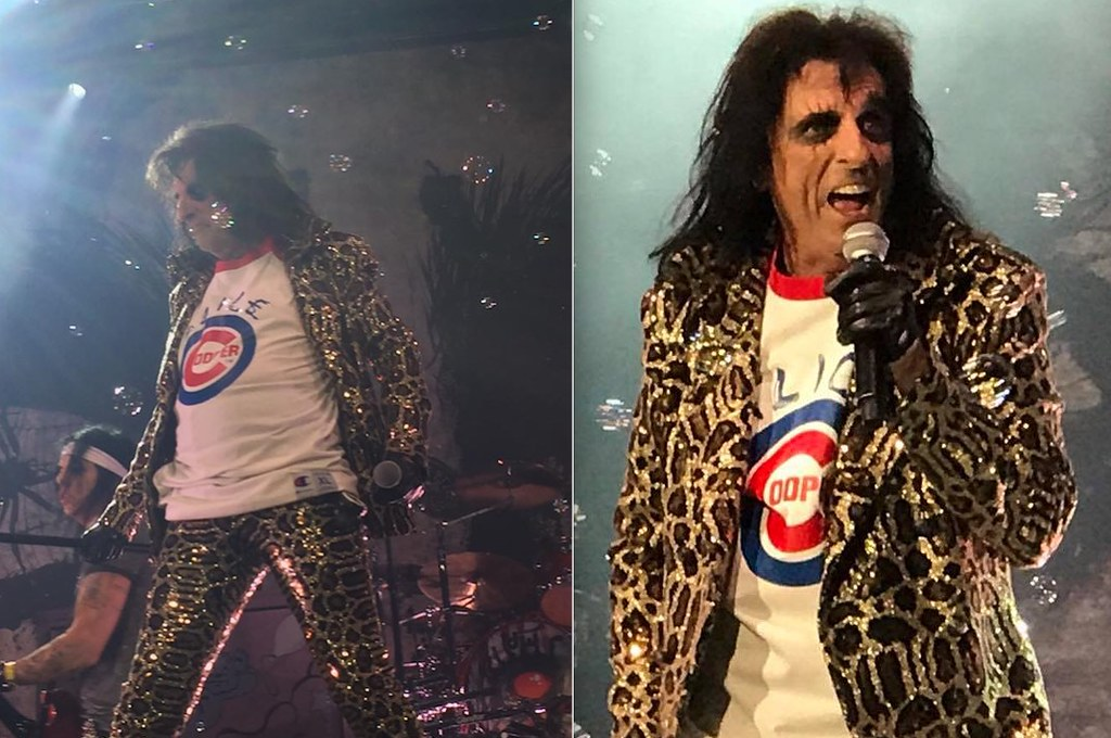 Alice Cooper wore a customized Cubs-themed T-shirt ... 863a2230a