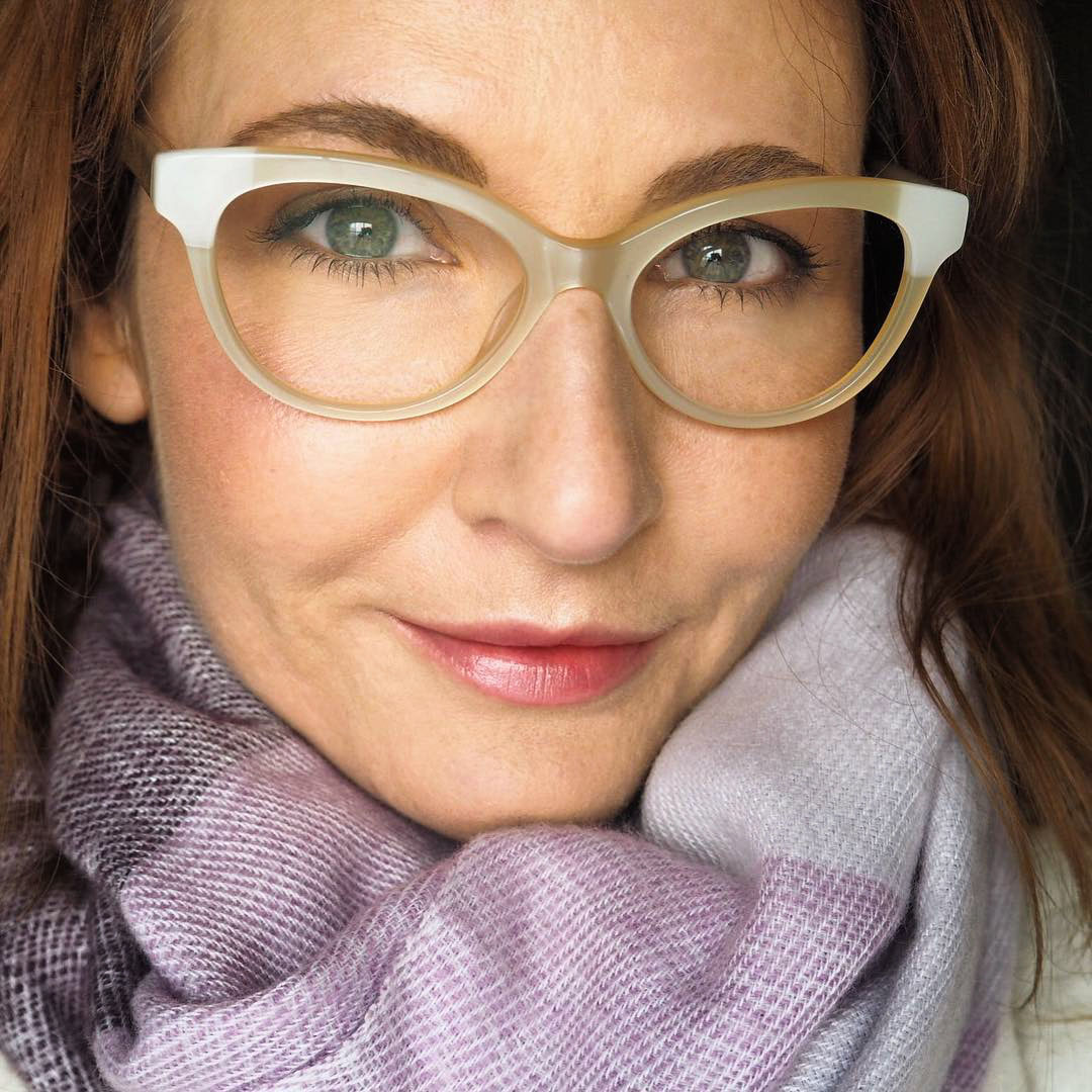 How to Improve Your Selfies in 11 Easy Steps | Not Dressed As Lamb, over 40 style blog