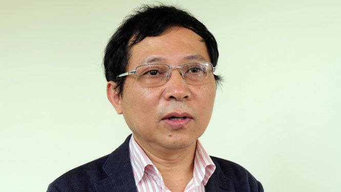 """Ông Lê Thanh Hải, phó tổng giám đốc Trung tâm Khí tượng Thủy văn quốc gia cho biết mặt trời lạ ở Nghệ An ngày 7-5 chính là """"quầng mặt trời"""""""