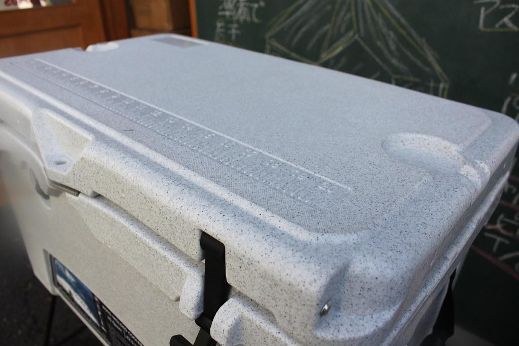 アイスランドクーラーボックスーIcelandCoolerBox45QTグレイマーブル