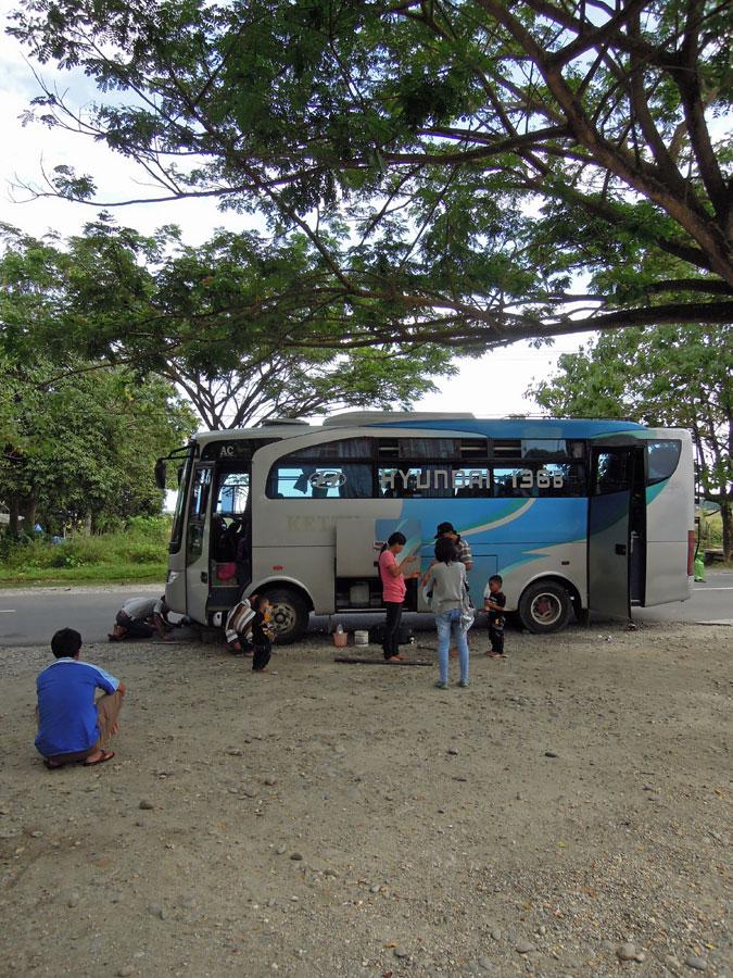 Bussimatkalla_renkaanvaihto_blogi