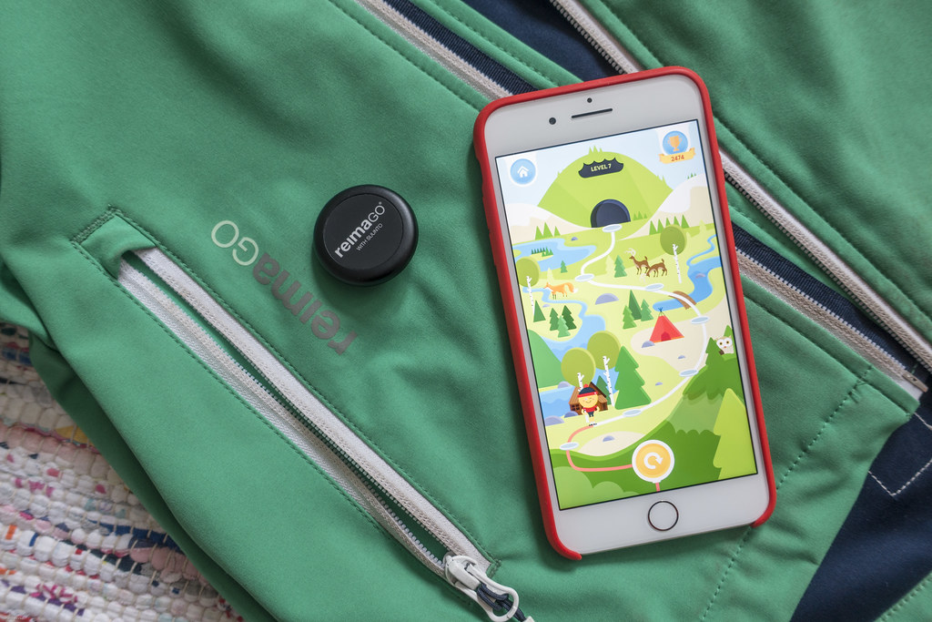 Sensor, App and ReimaGo Softshell Jacket