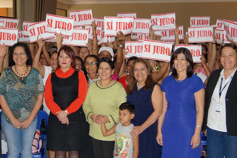 Juramentación de 200 mujeres lideresas a nivel nacional