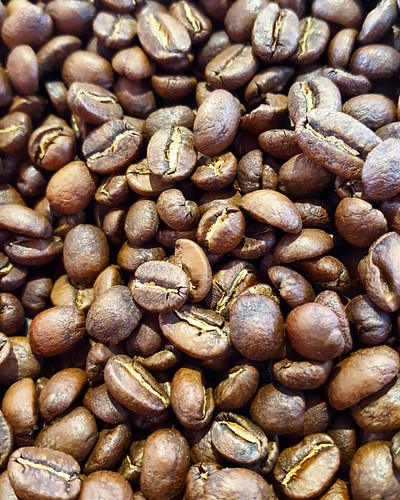 Just roasted: Guatemala Xinabajul Arsenio Castillo. Come and get yours!