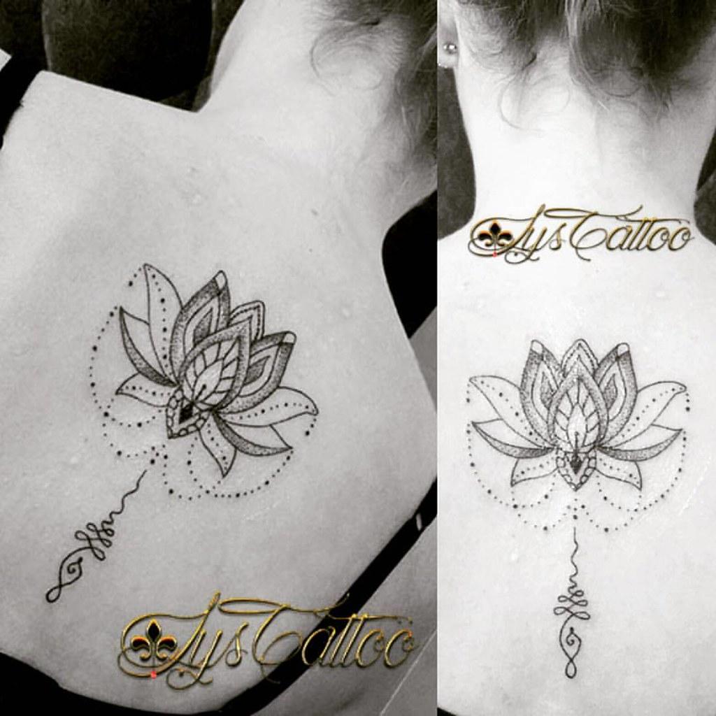 Tatouage Dos Femme Lotus Perles Et Unalome Lignes Et Do Flickr