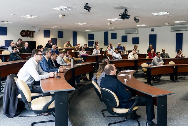 Logística y servicios: el impacto de los vehículos eléctricos - Uruguay sustentable