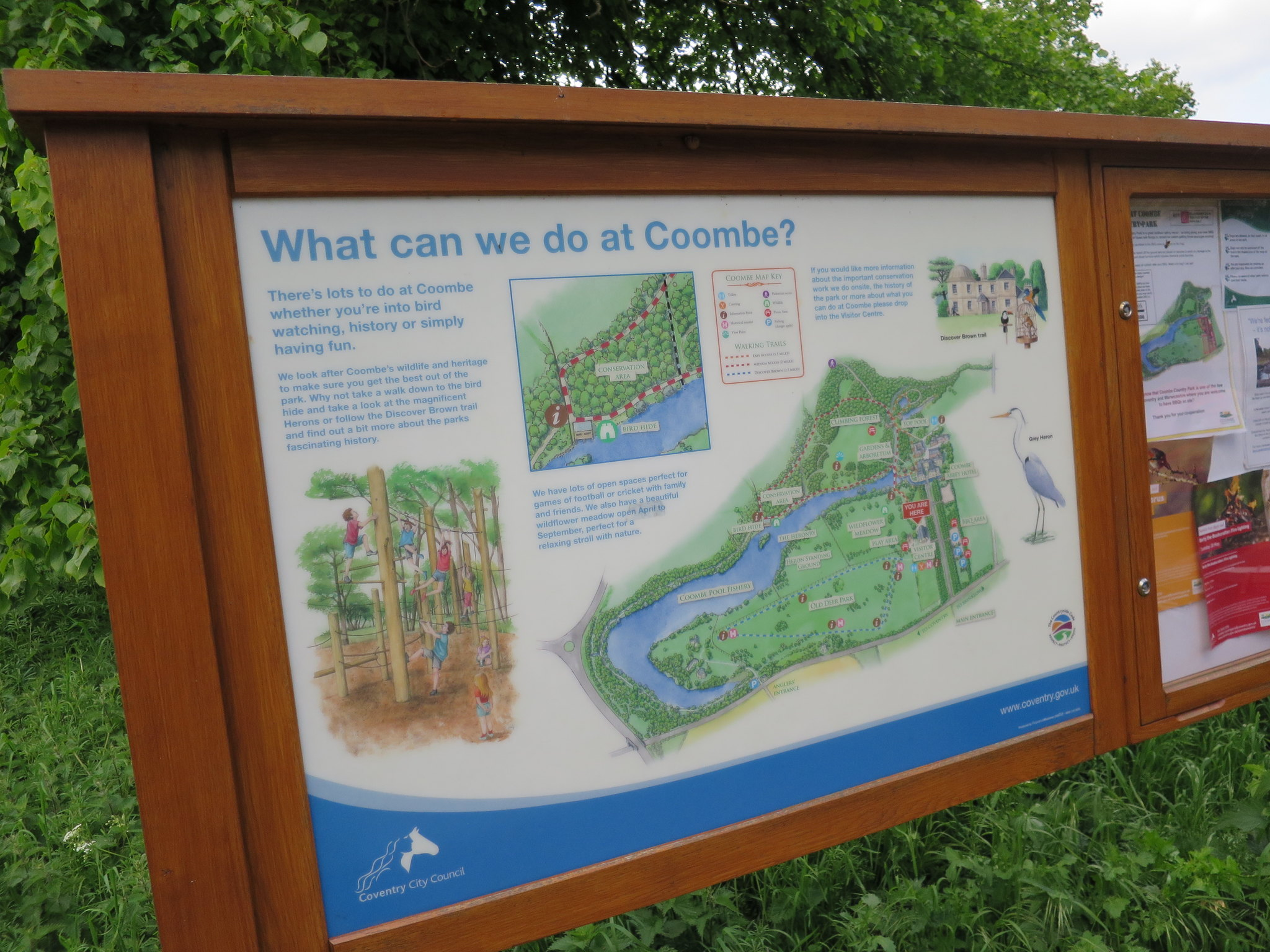 Coombe Country Park, Hello Im Clo, Culture Blogger 01