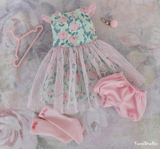 yumistudio_Pink_green_dress_1