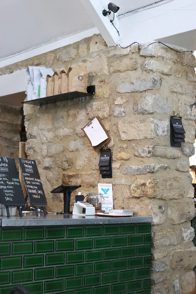 bath, where to eat in bath, what to do in bath, places to eat in bath, bath uk, bath spathe foodie bugle, society cafe, sally lunn's, courtyard cafe bath, katelouiseblog, hunter and sons, what to see in bath,