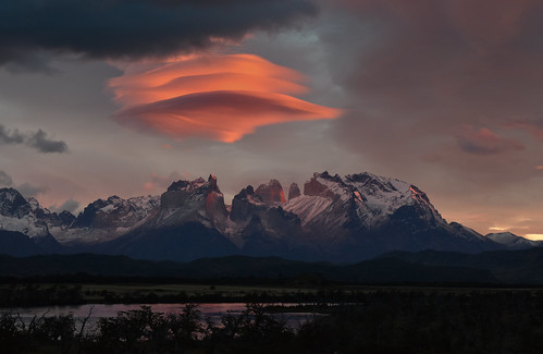 Lenticular sunrise - Torres del Paine, Chile - 08:33 am