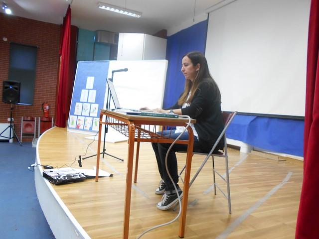 Η Γ' και Δ' τάξη με τη συγγραφέα Στρούτση Λέλα