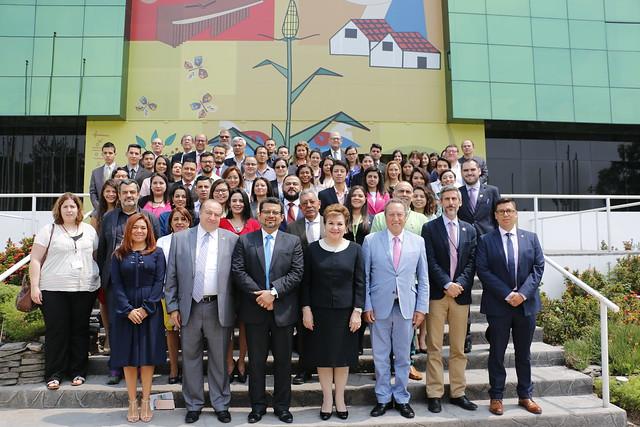 III Coloquio Regional: Hacia una Centroamérica de oportunidades
