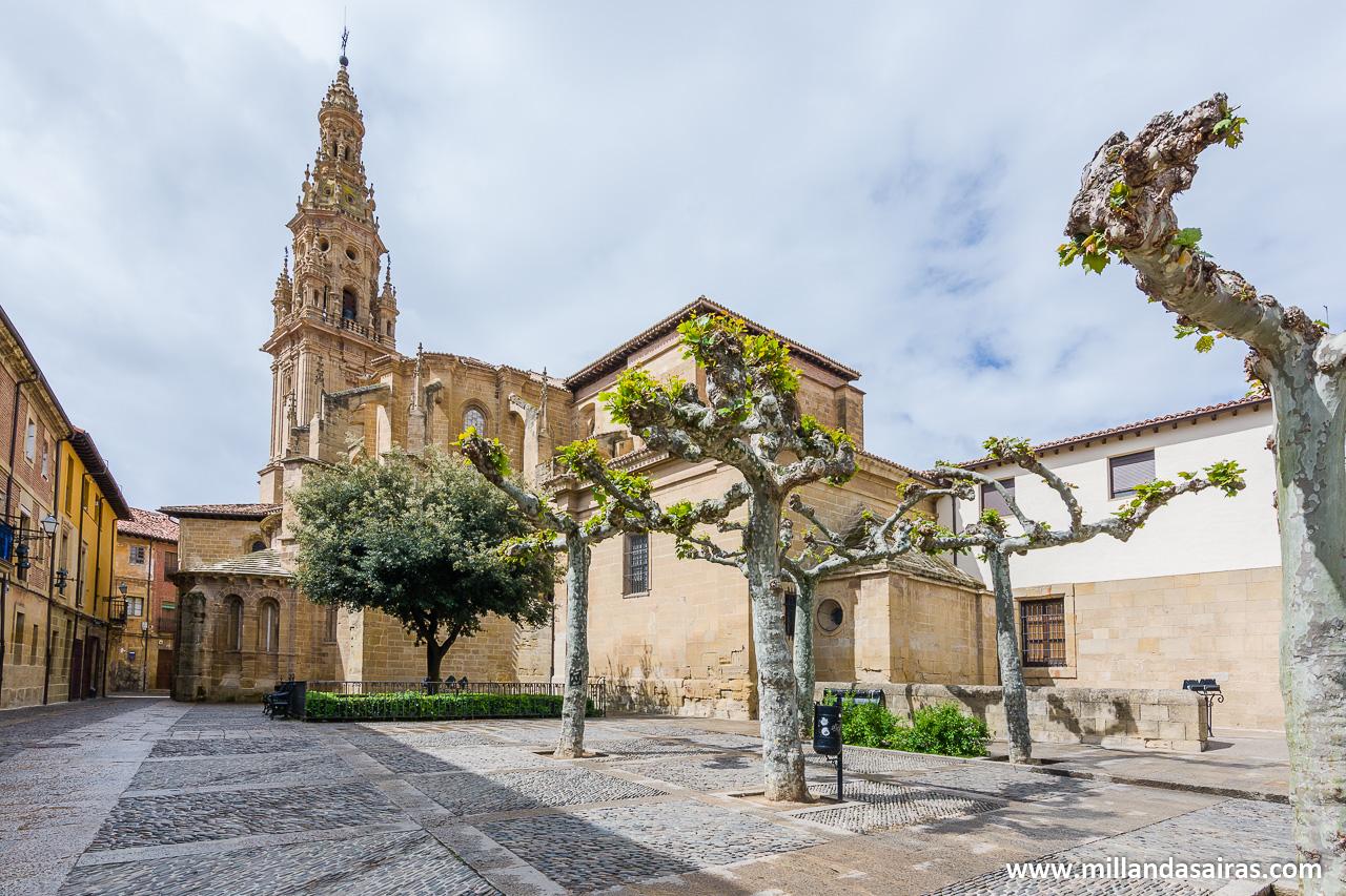 Catedral de Santo Domingo desde la Plaza de España