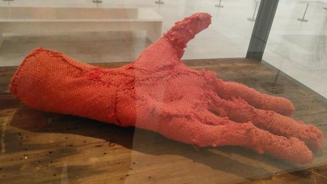 Louise Bourgeois Hand 2001