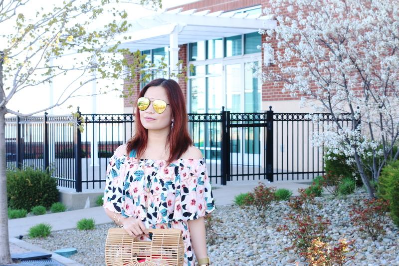 show-me-your-mumu-magnolia-dress-quay-sunglasses-3