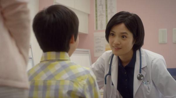 【動画】ニプロの新CMに出演している女医役の女優さんは「澤山薫」さん!プロフィールあり!!