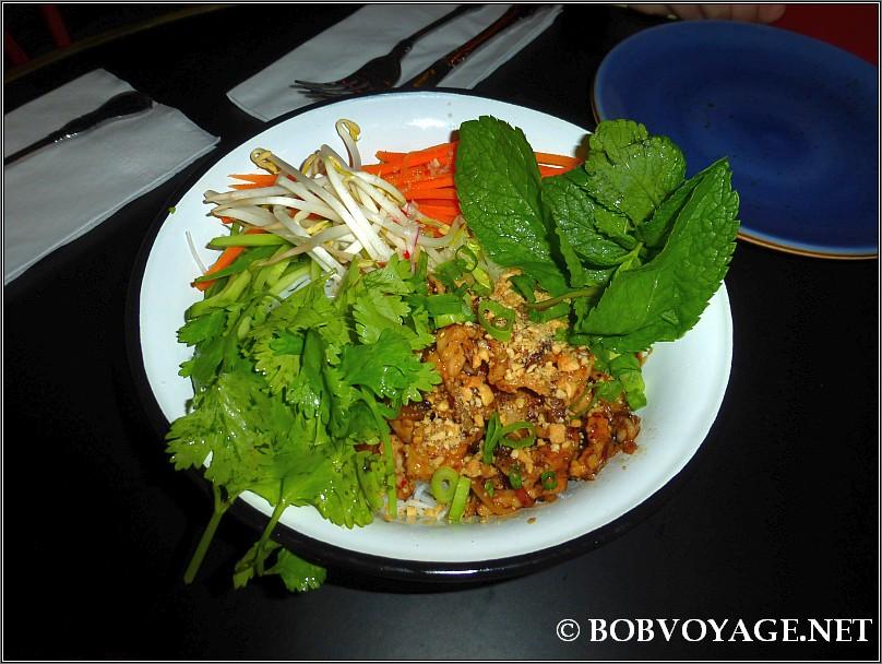 באו בון ב- ק-פה האנוי – Ca Phe Hanoi