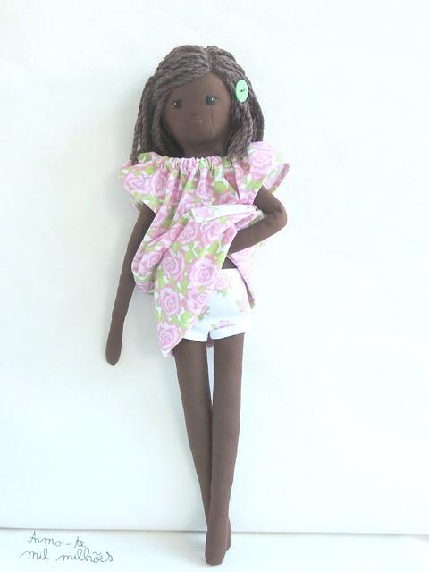 boneca solidária