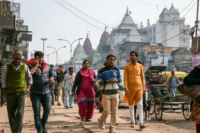 Busy street in Chandni Chowk, Old Delhi, India オールド・デリー 賑やかなチャンドニー・チョーク