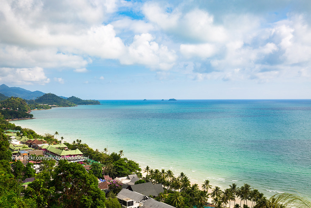 Bird's eye view of Koh Chang White sand beach in a sunny day.