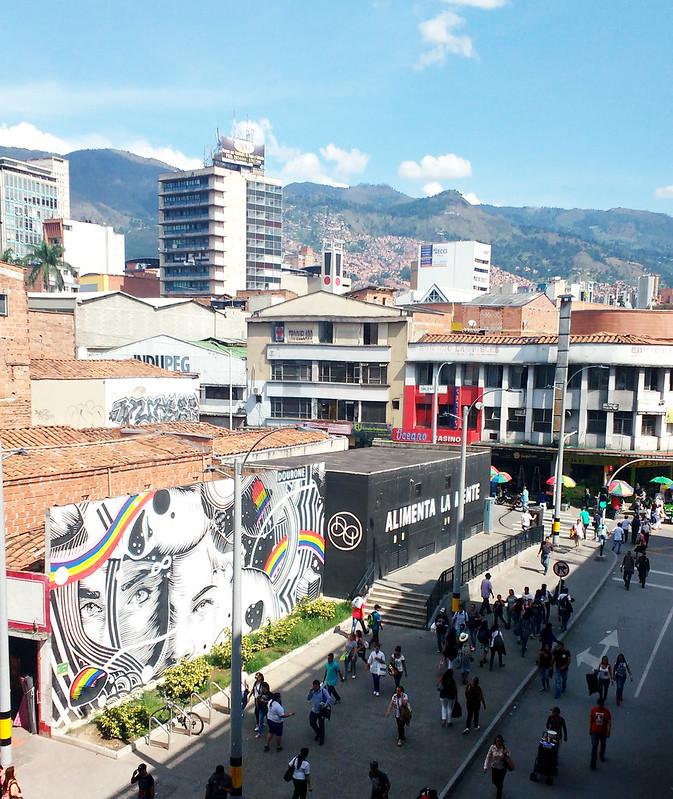 Graffiti em Medellín na estação san antonio