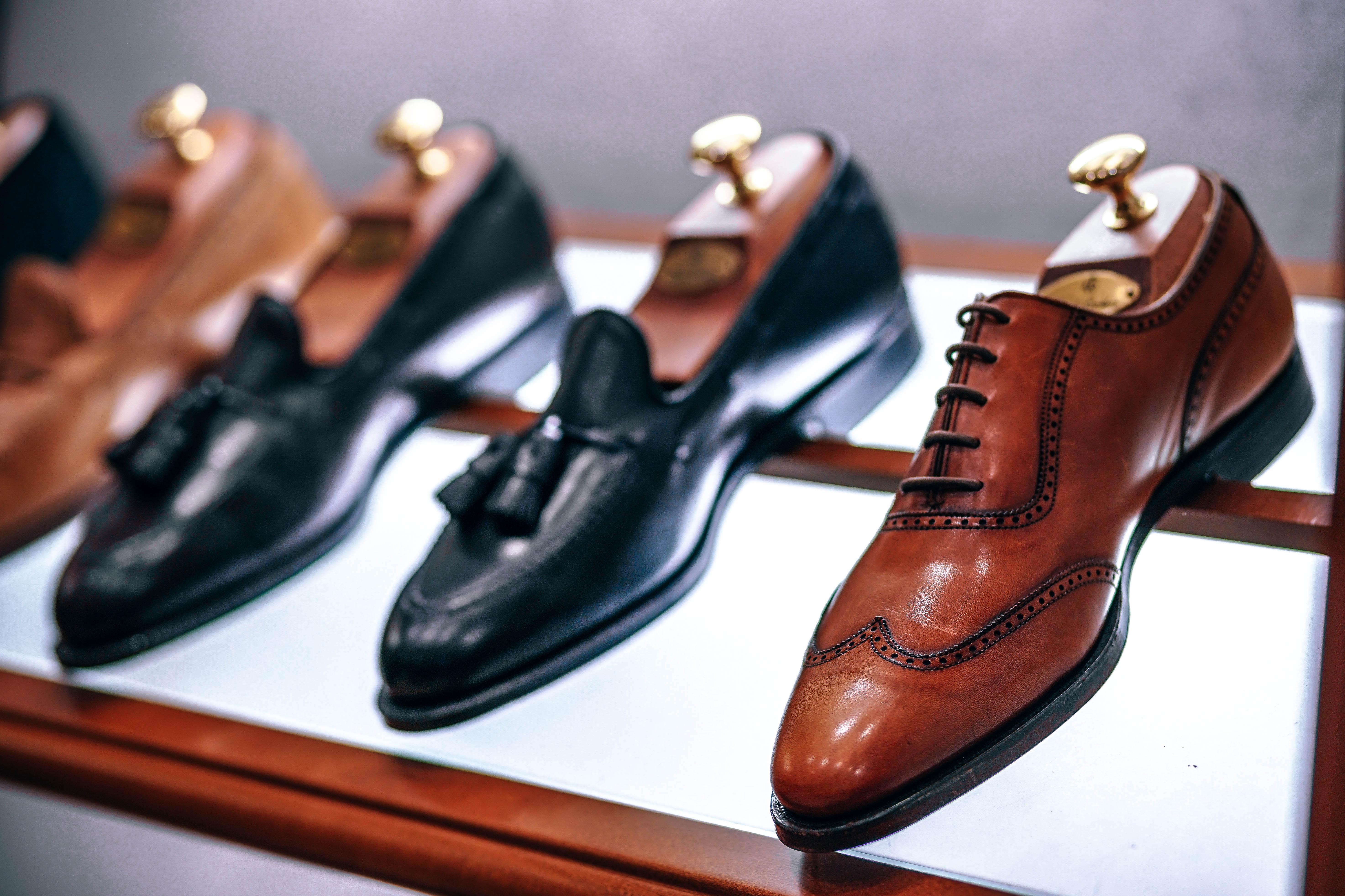 【メンズ・レディース別】ビジネスカジュアルにおすすめの靴