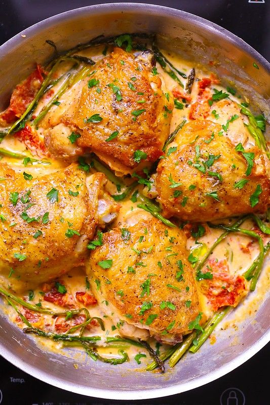 easy chicken thighs recipes, easy chicken dinner, chicken and veggies dinner