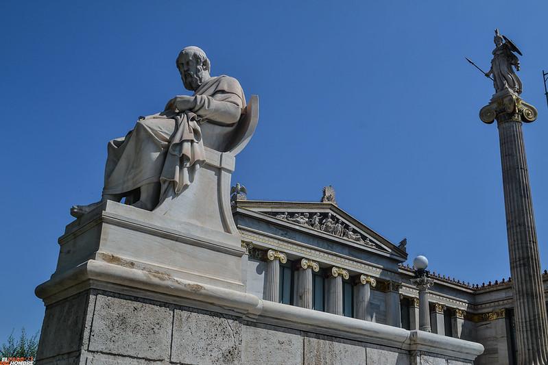 Platón y Atenea