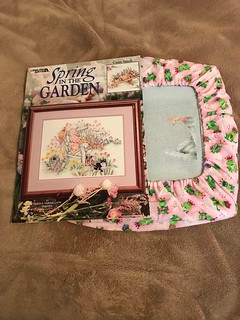 Spring In The Garden by Leisure Arts - Designer is Donna Vermillion Giampa - Friday April 28, 2017