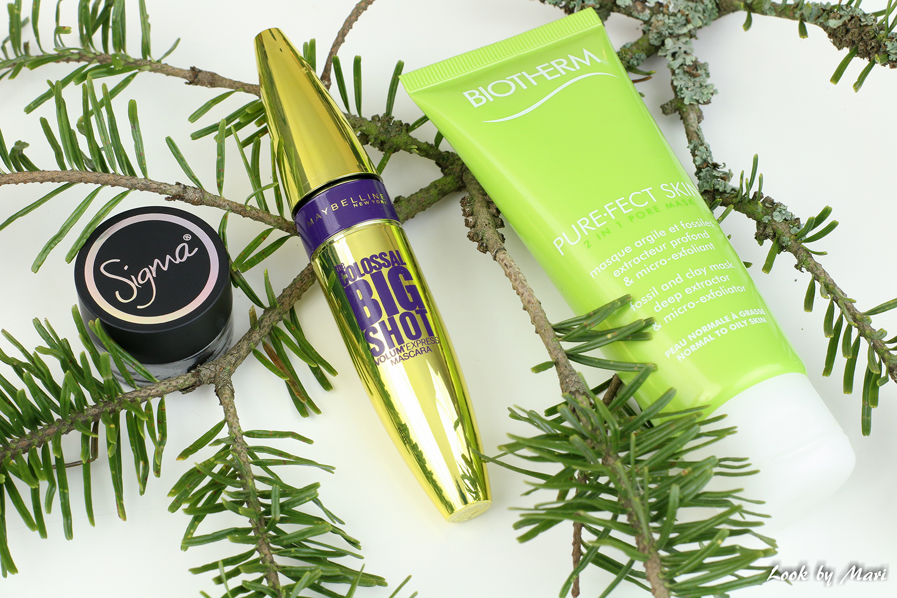 1 April beauty makeup favorites 2017 blog kuukauden kauneus suosikit huhtikuu 2017 blogi