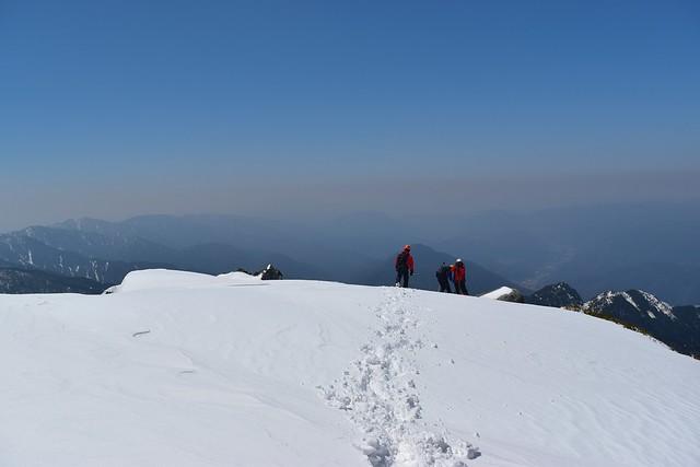 冬の三ノ沢岳山頂