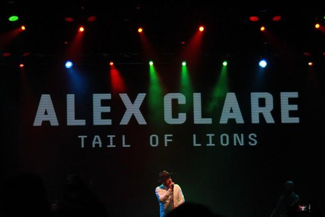 Алекс Клэр в Yotaspace