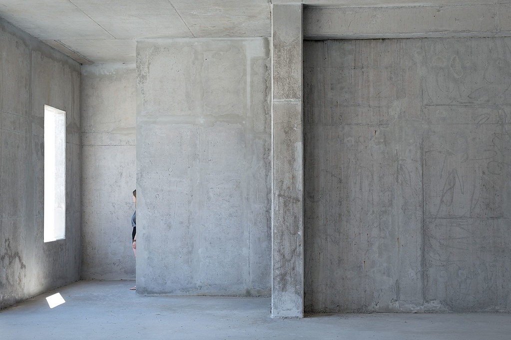 Concrete book. Concrete passages about closeness and coldness by Gábor Kasza Sundeno_09