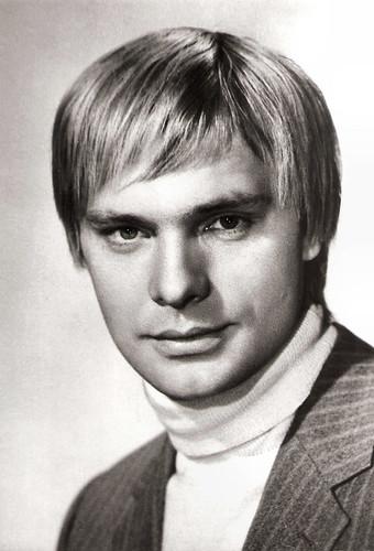 Oleg Vidov (1943-2017)