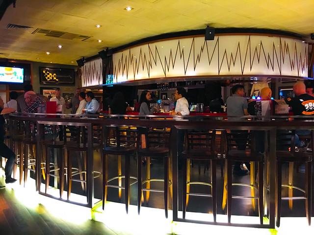 Hard Rock Cafe Kuala Lumpur - Bar