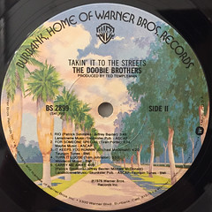 THE DOOBIE BROTHERS:TAKIN' IT TO THE STREETS(LABEL SIDE-B)