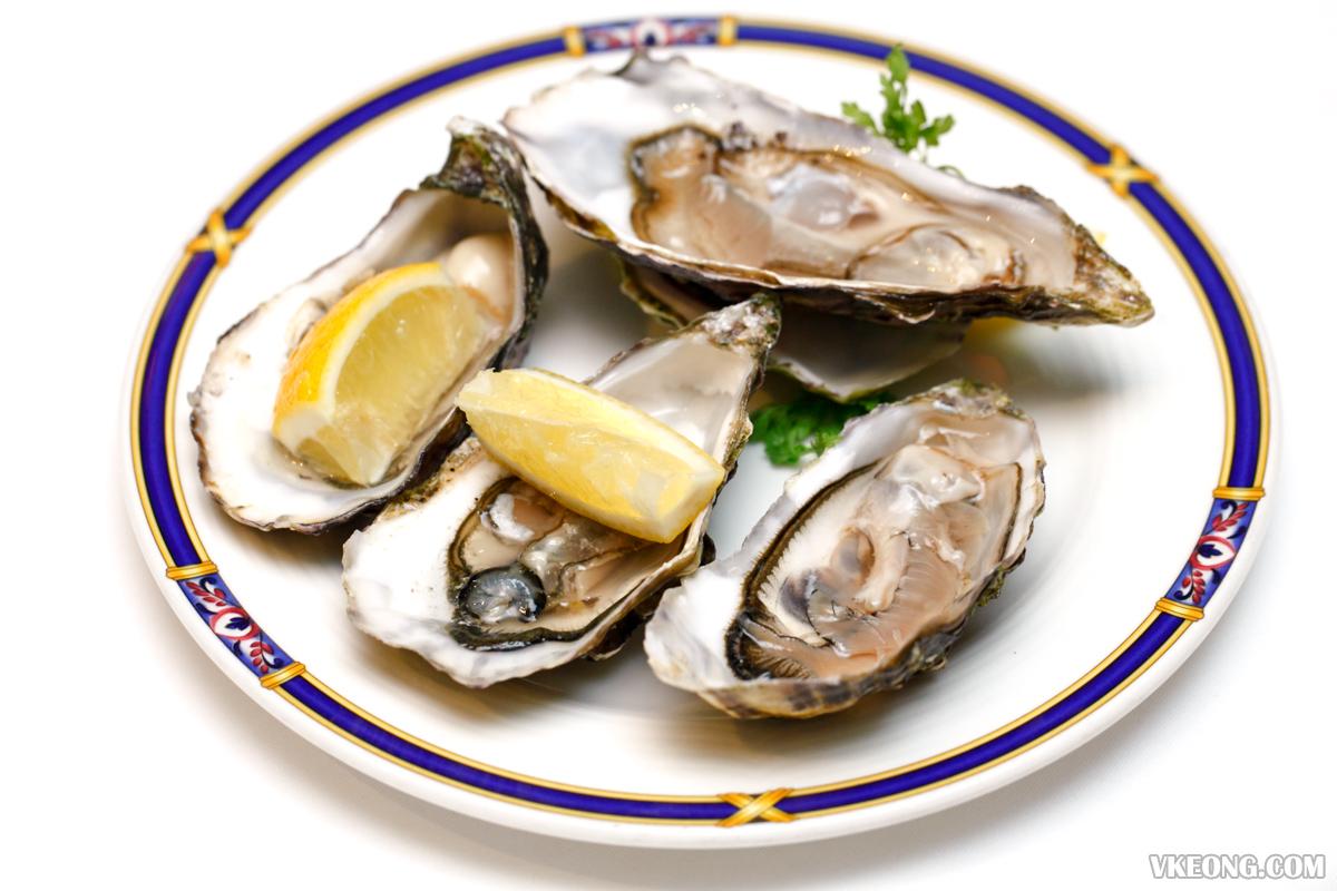 Villa Danieli Italian Prosecco Brunch Oysters