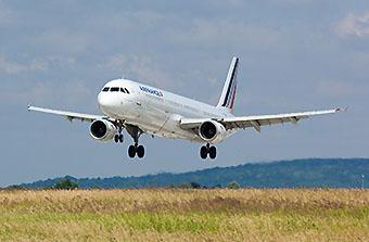 Air France A321 landing CDG (Air France)