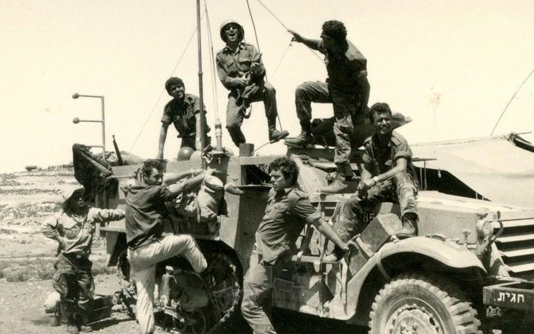 M3-halftrack-sinai-1967-ybz-2