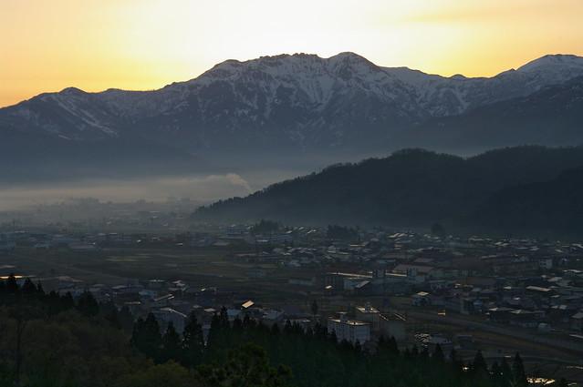 八海山、日の出前_201704_NO1