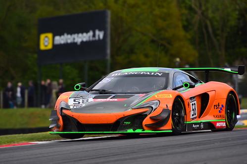 Ben Barnicoat - Alvaro Parente, McLaren 650S GT3, Blancpain GT Series Sprint Cup, Brands Hatch 2017