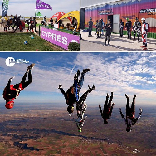 Skymadness! Hurricane Factory & Skydive Madrid.  #skymad #hurricanefactory #skydivemadrid #freefly #feelfree #venasaltar #caidalibre #feeleverithing #enjoylife #madrid #volar #ocaña #camp #angle | by Skydive Madrid