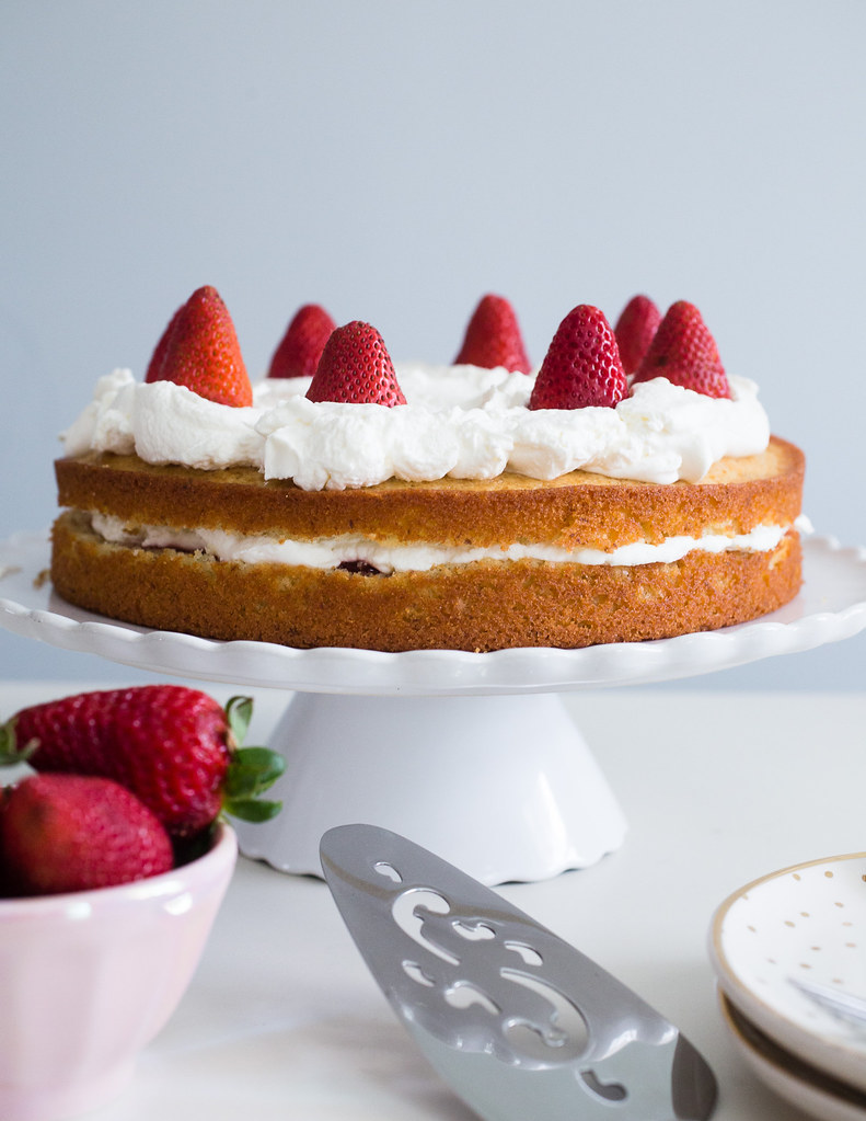 French Lemon Strawberry Jam Yogurt Cake