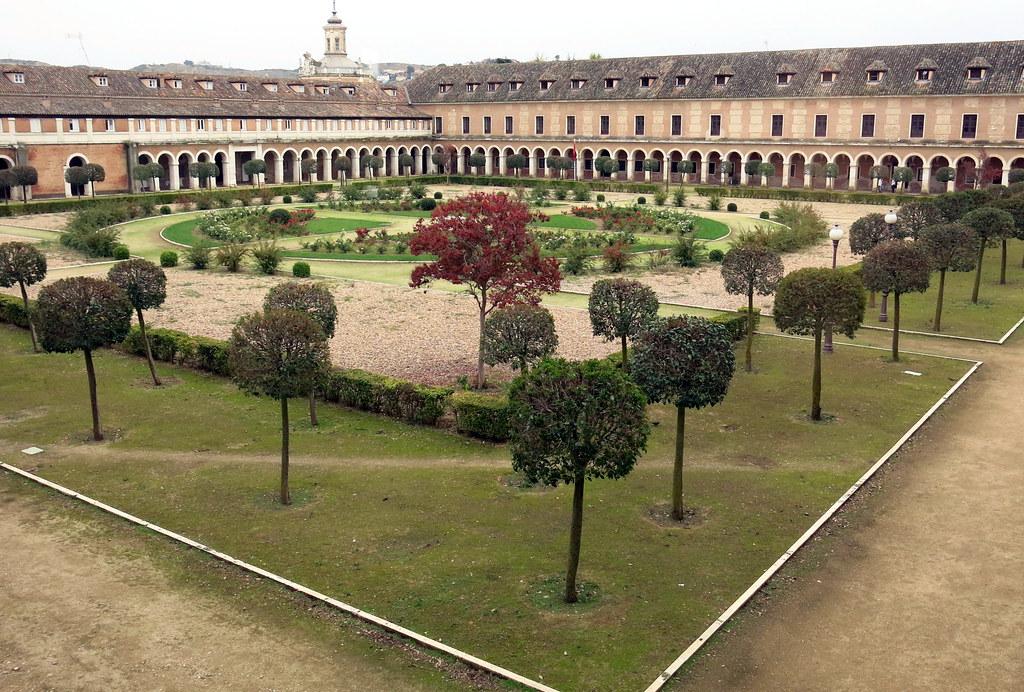 Aranjuez, patios de las antiguas caballerizas