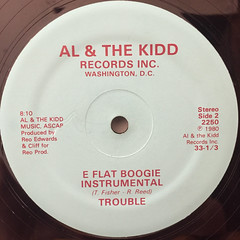 TROUBLE:E FLAT BOOGIE(LABEL SIDE-B)