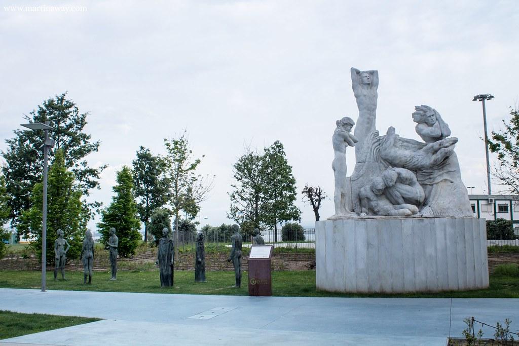 Monumento dedicato all'incendio del 1941